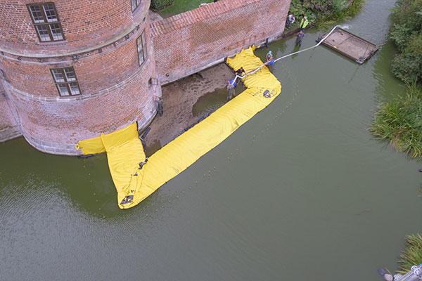 U-formad kista - Frederiksbord Castle - Pumpens slut
